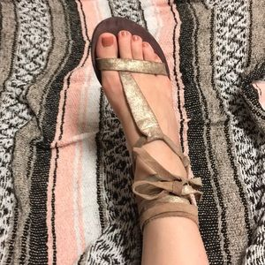 Free People wrap around flats